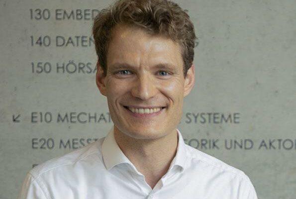 Prof. Dr. Boris Bauke